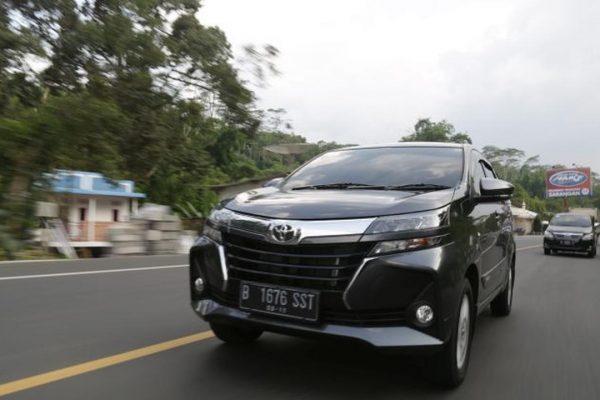 Tak Perlu Beli, Begini Caranya Menggunakan Mobil Toyota Terbaru